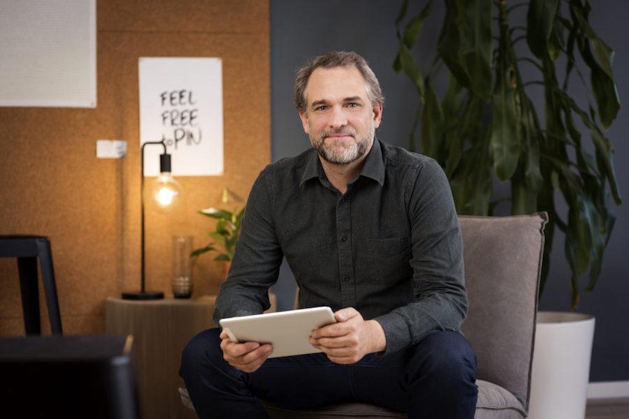 Sven Claussen von ppi Media in der Ideenküche